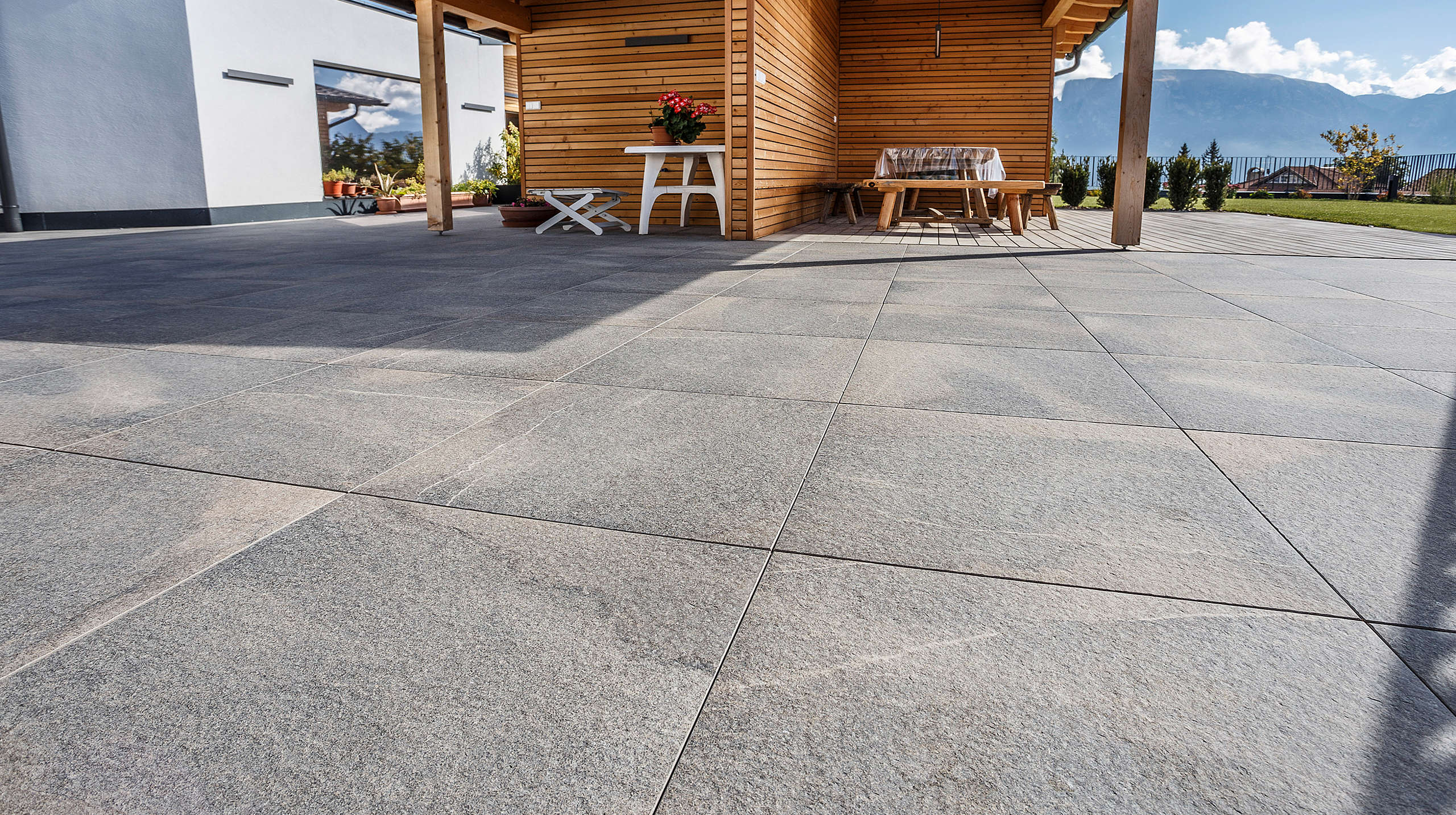 porcelain stoneware, outdoor, flooring, floors,